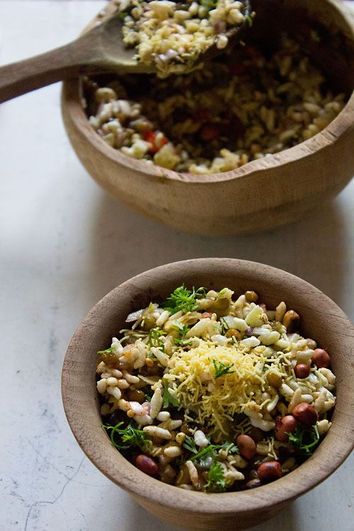 bhel puri recipe - crispy, soft, sweet, tangy, spicy mixture of many edibles. popular street food from mumbai. step by step recipe.