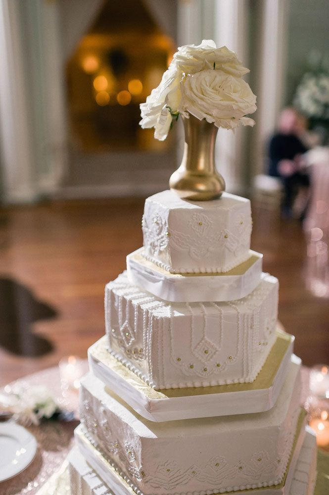 Old Hollywood Glamour Wedding at the Biltmore BallroomsBest 25  Old hollywood cake ideas on Pinterest   Glamour cake  . Old Hollywood Wedding Cakes. Home Design Ideas