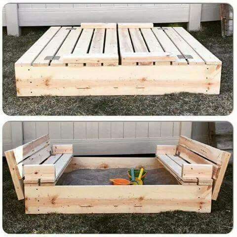 Easy pallet sandbox