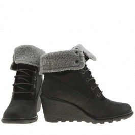 Timberland Amston Wedge - Timberland always produce high-quality boots, and the Earthkeepers Amston Roll-Top is no different. Arriving in black nubuck, it features a grey faux shearling cuff and 7cm wedge for a stylish finish that will see you through autumn/winter in style.