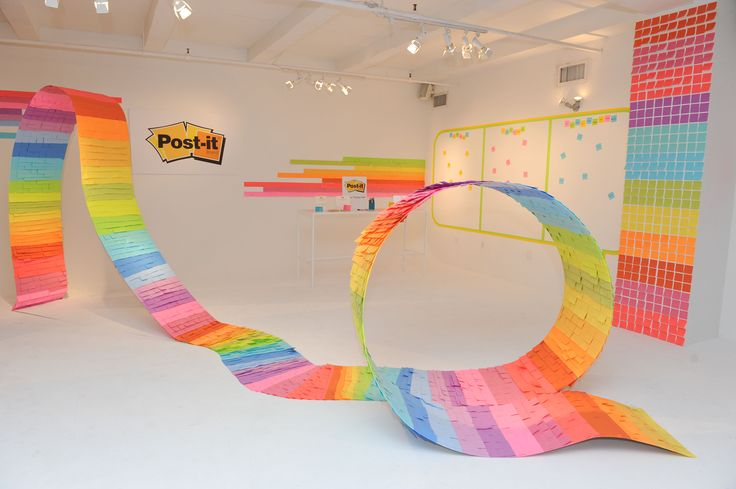 Designer and Entertaining Expert Mark Addison created this art installation which included over 10,000 Post-it® Notes. The piece was 6 feet tall and over 15 feet long, completely covered in Post-it® Notes.