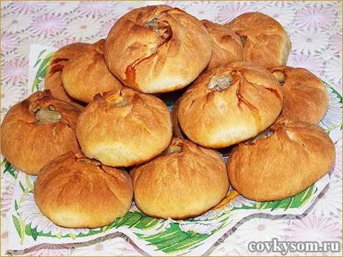 Национальные башкирские пирожки с мясом и картошкой - вак бялеш, похожие на наши беляши, но бездрожжевые и выпекаются в духовке.