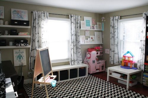 Love so much of the decor in this house. One article in a series on decorating a kid-friendly house. Check out the other posts in the series at the bottom.