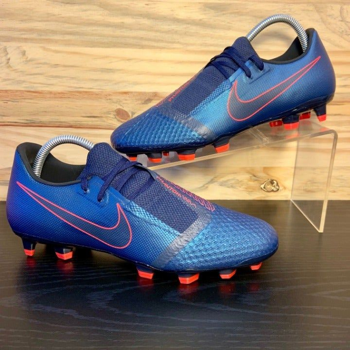 Brand new never worn 100 nike authentic guaranteed no