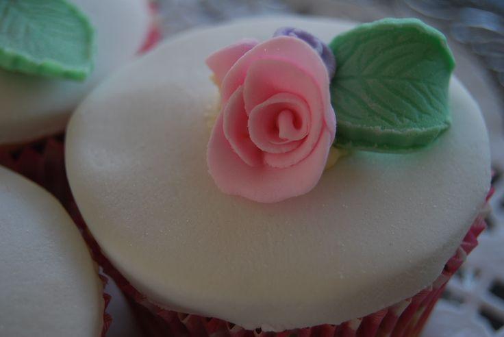 5 Petal Rose