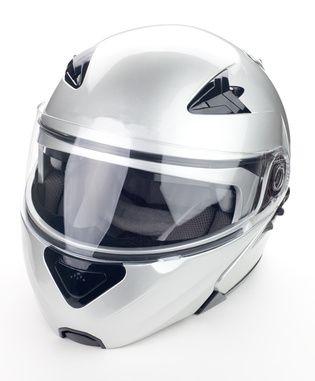 #Casques #moto #scooter : Full face, #modulable ou intégral. Comparez malin et choisissez votre casque en toute sérénité sur le #comparateur de prix #CompareDabord : http://www.comparedabord.com/auto-moto/casques