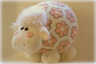 Miss Wooly pattern by Tessa van Riet