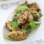Scopri come realizzare facilmente delle sfiziose frittelle di patate alle erbette: prendi spunto dalla ricetta di Sale&Pepe e cucina anche tu questa delizia.
