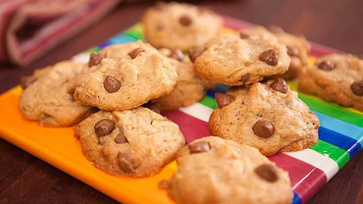 Peanut Butter Choc Chip Cookie