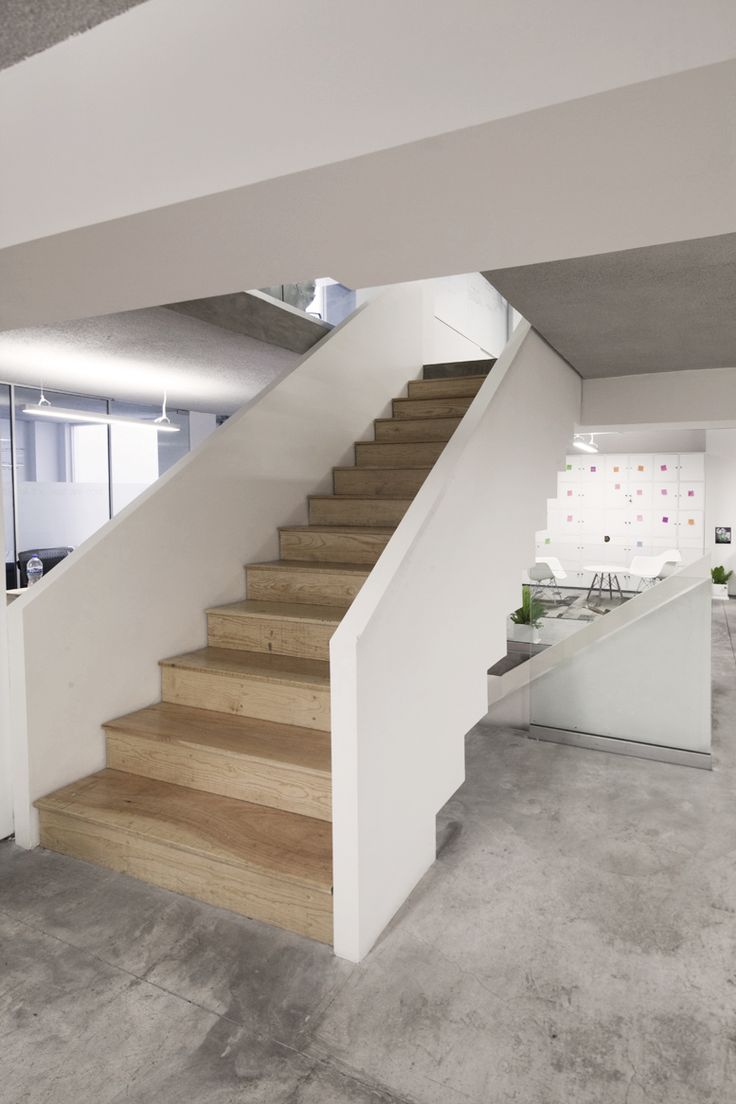 Internal Staircase connecting all 4 levels.