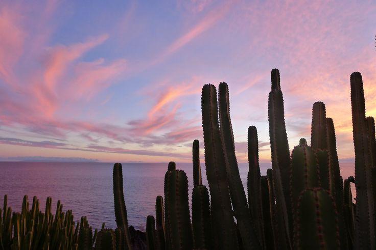 Zonsondergang Puerto Naos. http://www.lapalma-oceaanzicht.nl
