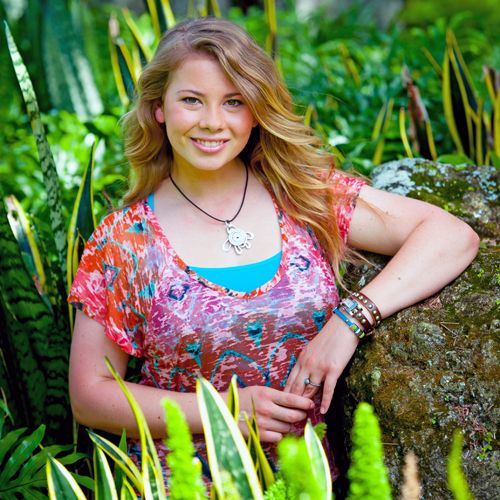 25+ best ideas about Bindi Irwin on Pinterest | Steve irwin, Bindi ...
