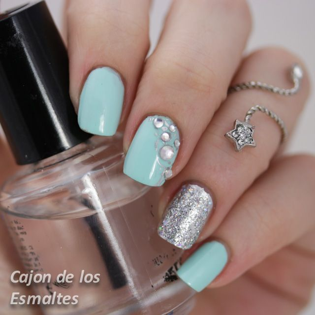 Reto lluvia de glitters - Un nail art con brillo, glitter, piedras y Kiko 657 - Cajon de los esmaltes
