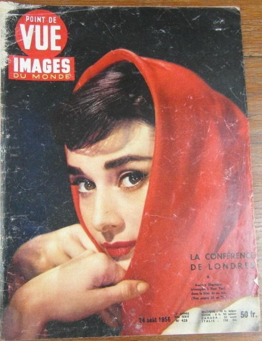 Audrey Hepburn - Point de Vue Magazine Cover [France] (24 August 1956)