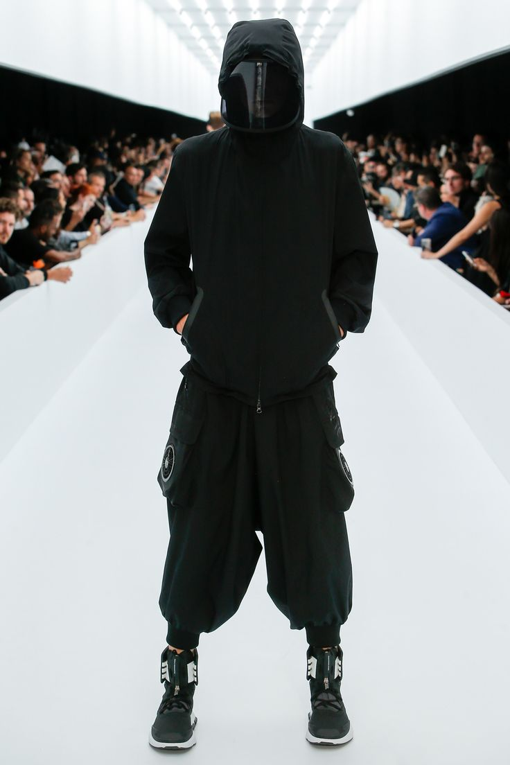 Y-3 Spring 2017 Menswear Collection Photos - Vogue || those old Asian lady shield visors getting some action on the runway. Ninjas, no less.