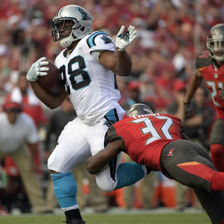 The  Carolina Panthers  and running back Jonathan Stewart  agreed  to a one-year contract extension on March 24.  Ian Rapoport  of NFL Network reported the extension will reduce Stewart's $8...