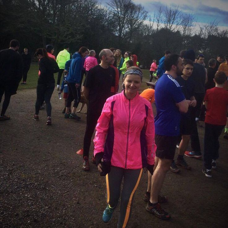 Ever considered doing a parkrun? What's stopping you? Go for it! You can walk, jog or run. There's no pressure! Head over to my blog to read all about my experience at Inverness ParkRun - spoiler alert: it was great fun 😃 www.thesportsing.com