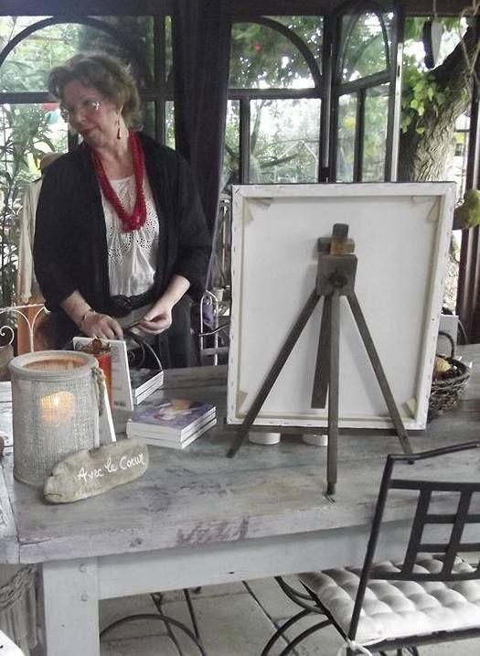 INTERVIEW DE MA MAISON D'EDITION: http://www.edilivre.com/communaute/2016/03/24/rencontre-avec-charlotte-saintonge-auteure-de-11-ouvrages/#.VvdvTtFJk5s