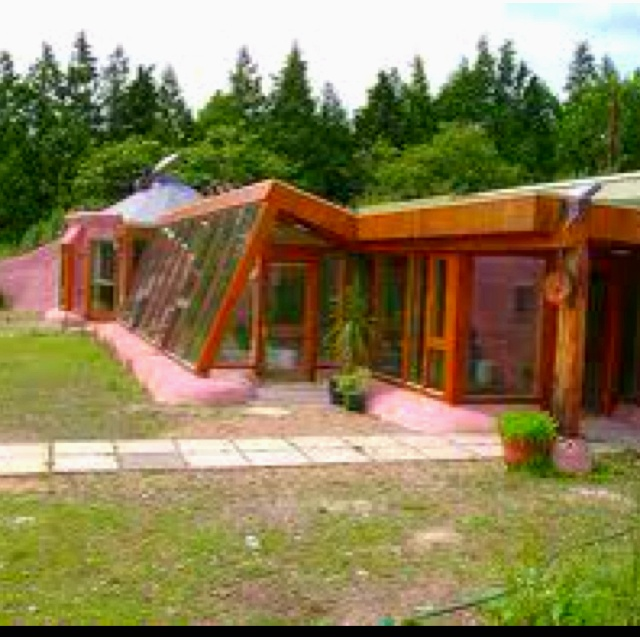 34 best images about Earthship on Pinterest  Recycled