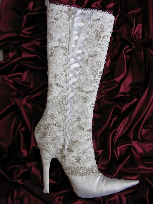 Stiletto Heel Christmas Stocking Pattern from Arkathwyn Designs - Arkathwyn Designs