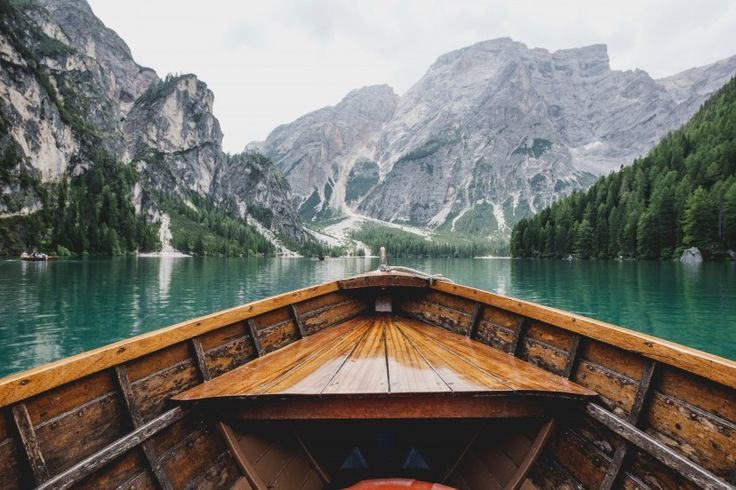 boat mountain lake landscape Download free addictive high quality photos,beautiful images and amazing digital art graphics about Nature / Landscapes.