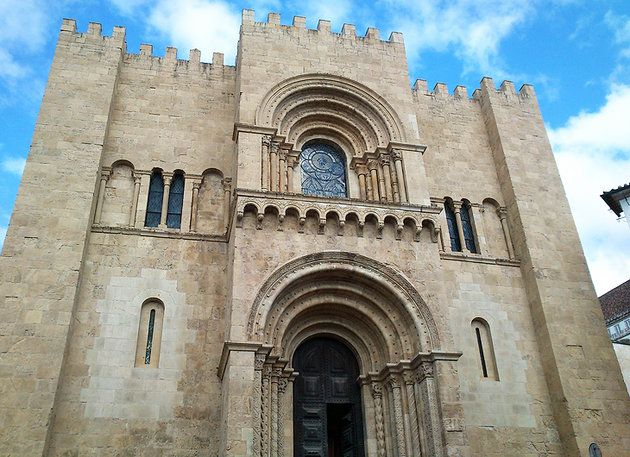 Sé Velha (Old Cathedral)