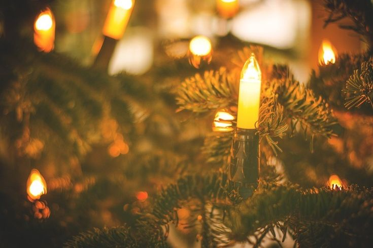 De bewoners van Homewood in de staat Alabama hebben hun kerstverlichting al opgehangen. De aanleiding is een gemene brief aan een buurtbewoner.