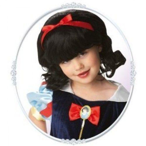 Disney Lumikki peruukki. Lasten Disney Lumikki-peruukki on lisensoitu Disney-tuote.