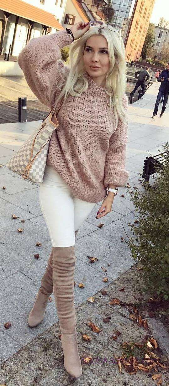 2019 Winter Combinations White Narrow Cut Pants Powder Round Collar Sweater