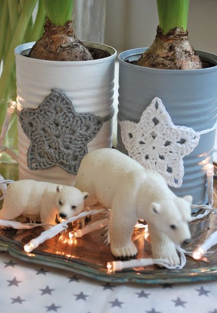 painted tins with crochet star--I could see a white star on a red can for Fourth of July (minus the polar bears!)