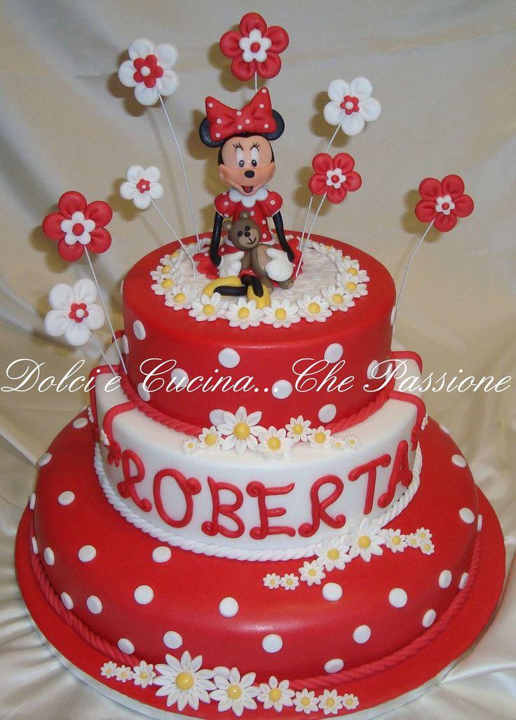 """Torte Decorate in Pasta di Zucchero"""" Minnie"""""""