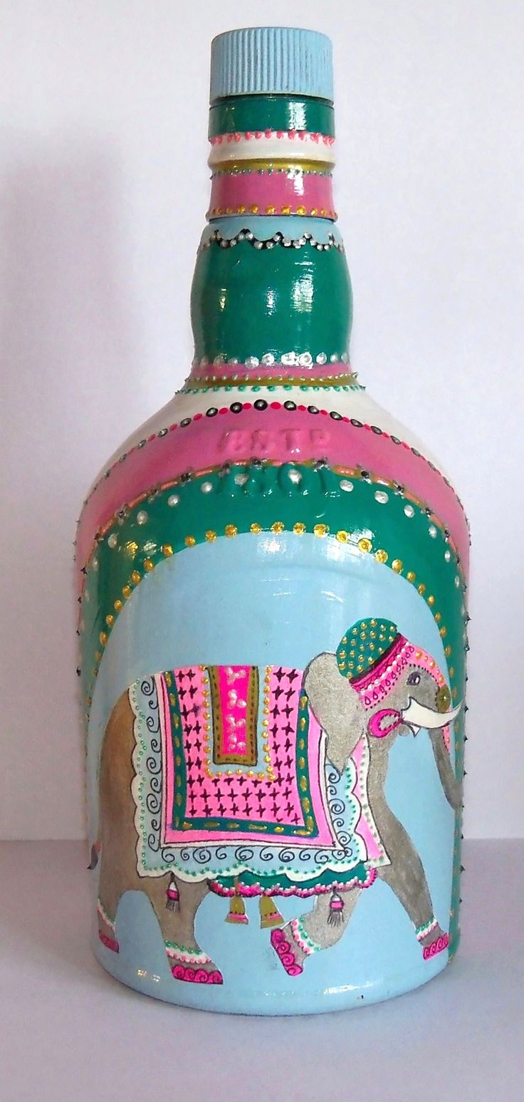 botella o base de velador, $130 en https://ofeliafeliz.com.ar