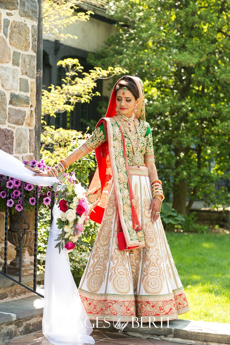 Indian Wedding at Pleasantdale Chateau | Photography by Berit Bizjak of Images…