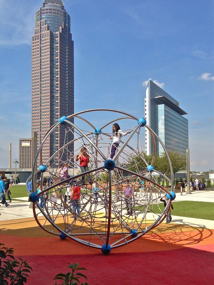 Skyline Garden Frankfurt ist mit 7.300 Quadratmetern Größe einzigartig in Deutschland