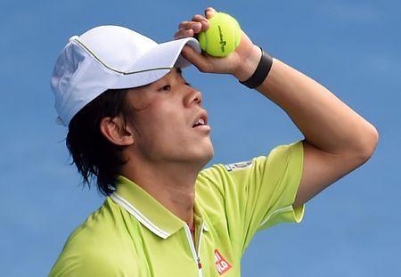 男子シングルス準々決勝で、厳しい表情を見せる錦織圭=28日、メルボルン(EPA=時事) ▼28Jan2015時事通信|錦織、4強ならず=ワウリンカにストレート負け-全豪テニス http://www.jiji.com/jc/zc?k=201501/2015012800634 #錦織圭 #Kei_Nishikori