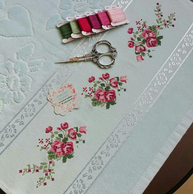 Cross stitch Roses  Flowers Pink Havlu Etamin  Toalhas punto de cruz
