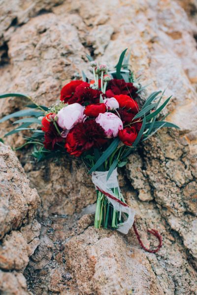 Pretty bouquet: http://www.stylemepretty.com/destination-weddings/2015/03/20/surprise-french-riviera-vow-renewal/ | Photography: Ingrid Lepan - http://ingridlepan.com/