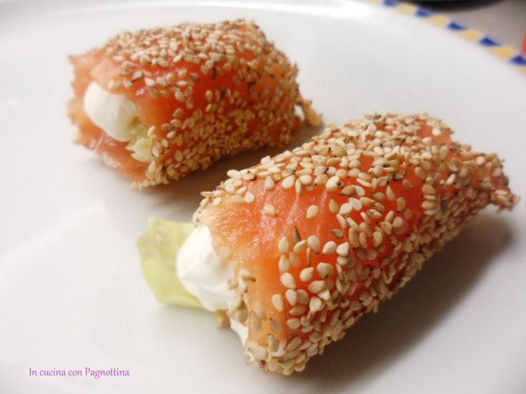 Involtini croccanti di salmone.