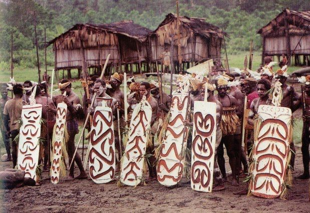 Fumeripits dan Sistem Kepercayaan Suku Asmat