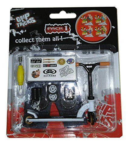 Grip & Tricks – Finger SCOOTER – Skate – Pack1 – Dimensions: 14 X 13,5 X 2 cm: Le pack Finger SCOOTER / Finger SCOOTER à customiser pour…