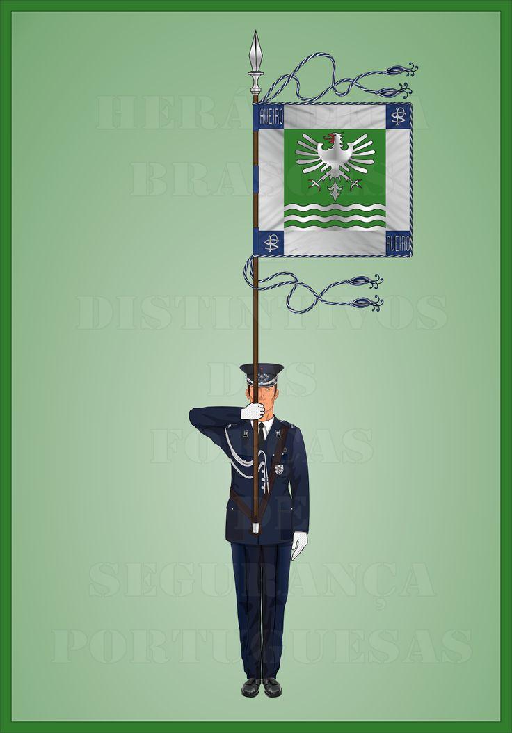 Heráldica - Brasões e Distintivos das Forças de Segurança Portuguesas  Porta-Guião do Comando de Polícia de Aveiro