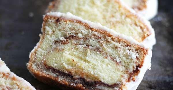 The Best Cinnamon Roll Pound Cake