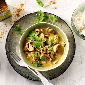 riginal Spices Thai Green Curry met rundvlees, Chinese kool, champignons en kokosmelk.