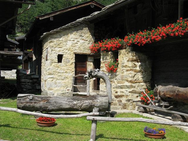 Museo Casa Walser - Macugnaga - Val Anzasca by Lory MonteRosa, via Flickr #InvasioniDigitali il 27 aprile dalle ore 15.00 alle 18.00 Invasore: Francesca Perego