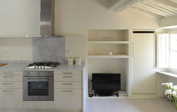 Via Fontana Lucca 3 Kitchen