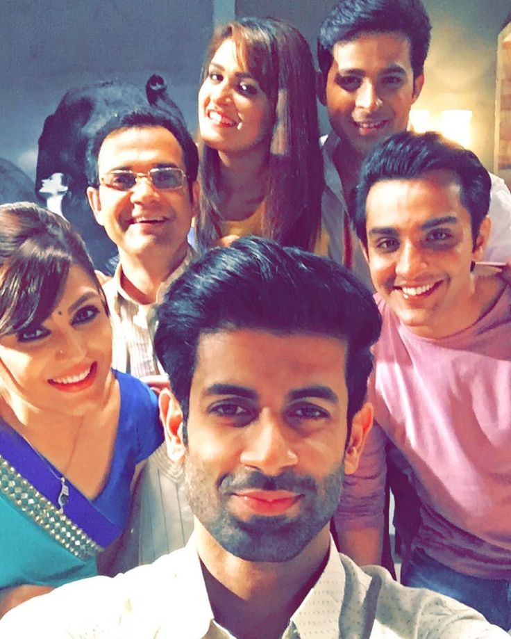 "namikpaul: ""Love these guys I've been telling you how great every week is going to be and I don't want to keep saying that because it kind of loses its meaning after a while. So watch this week and you guys tell me what you think this time. I'll say my piece at the end of the week #EDKV #ekdujekevaaste"""