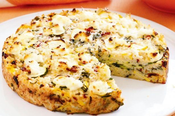 Sajtos zöldséges rizs a sütőből – remek köret, a hidegtálakon is jól mutat!