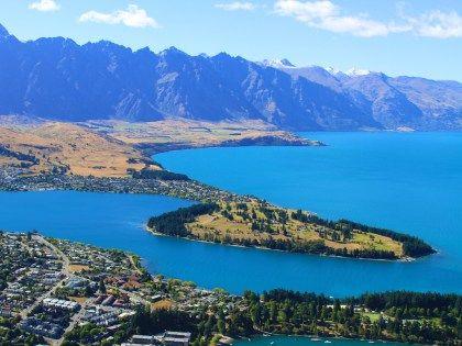Capital mundial dos esportes radicais e capital neozelandesa dos esportes de inverno, Queenstown tem esses e outros inúmeros motivos para ser visitada.