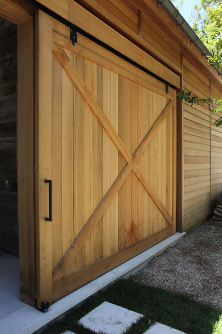 17 best images about exterior of house on pinterest for Farm style garage doors