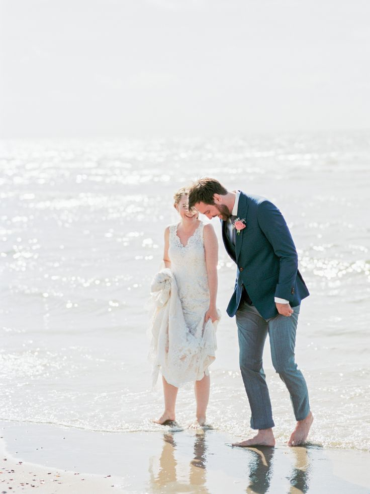 Dreamy Beach Wedding Photo session by Rox and San Destination Photography